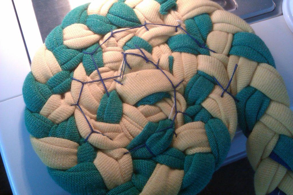 Сшиваем коврик
