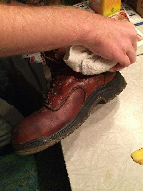 Натирание обуви