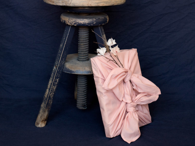 Розовая упаковка