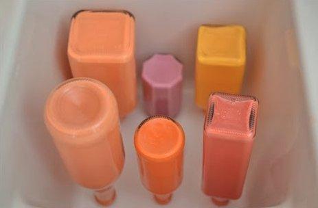 Бутылки с краской