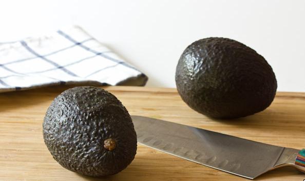 Темный авокадо