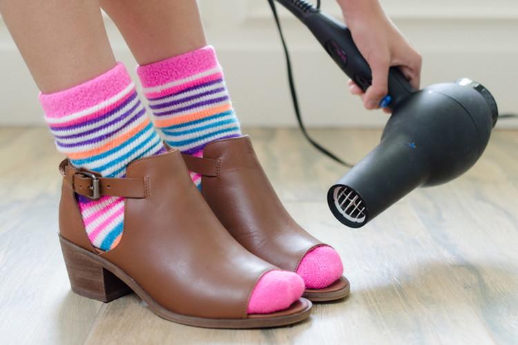 Разносить обувь