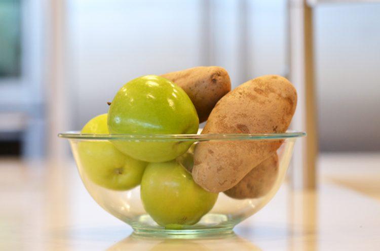 Яблочки и картофель