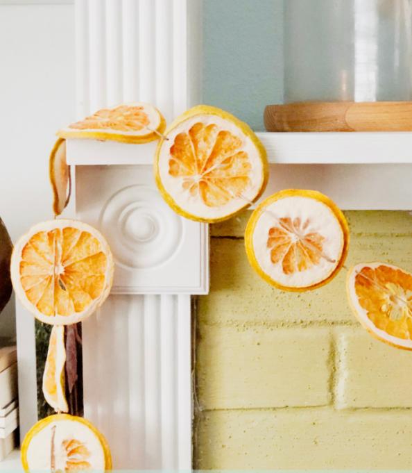 Гирлянда из апельсинов