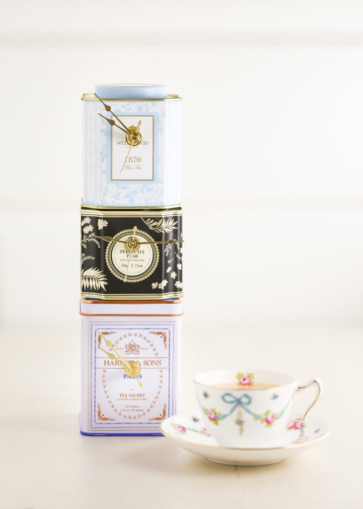 Часы из чайной баночки