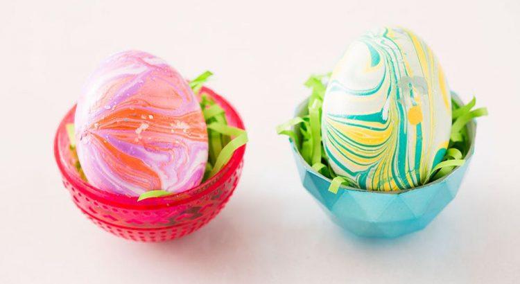 Яйца с лаком для ногтей