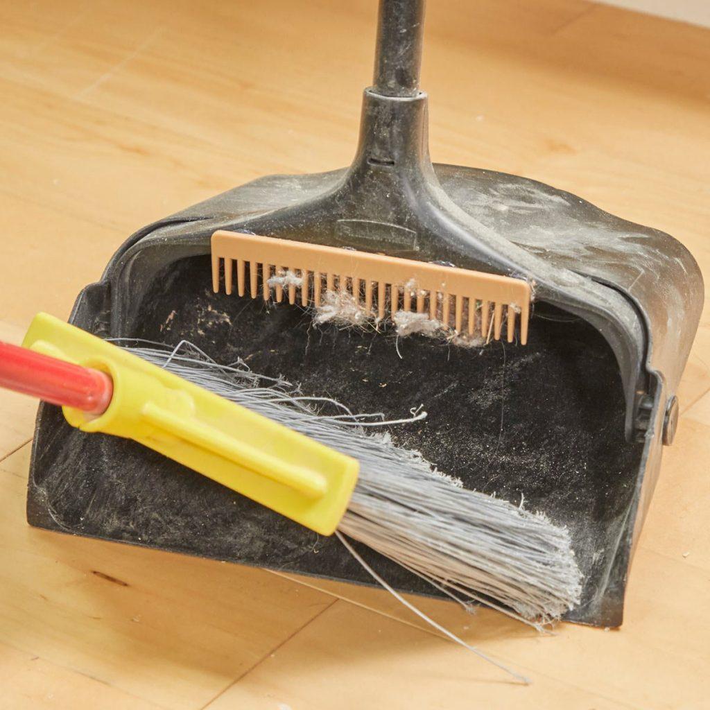 Как почистить метлу или веник