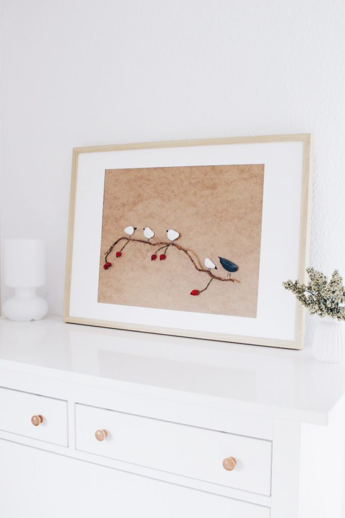 Картина из камушков