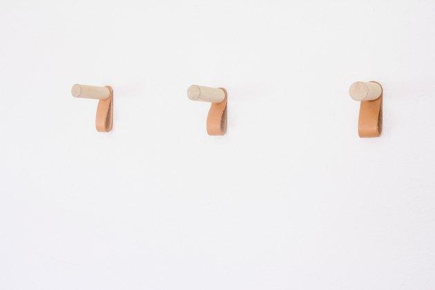 Три крючка
