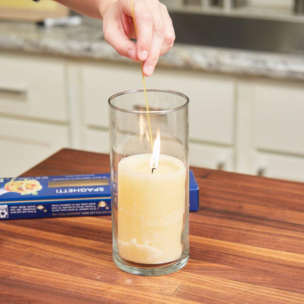 Как зажечь свечу