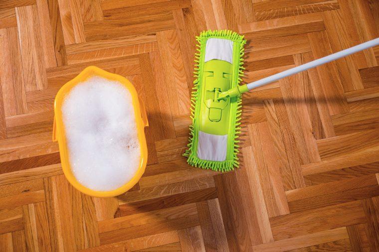 Мытье полов