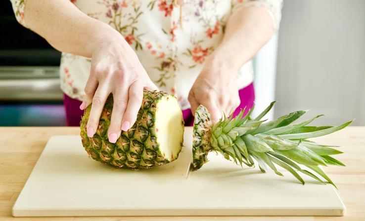 Навык по разделке ананаса